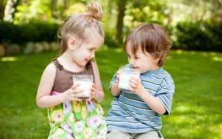 Можно ли давать годовалому ребенку молоко